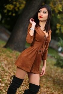 Yunet, sexjenter i Stavern - 3927